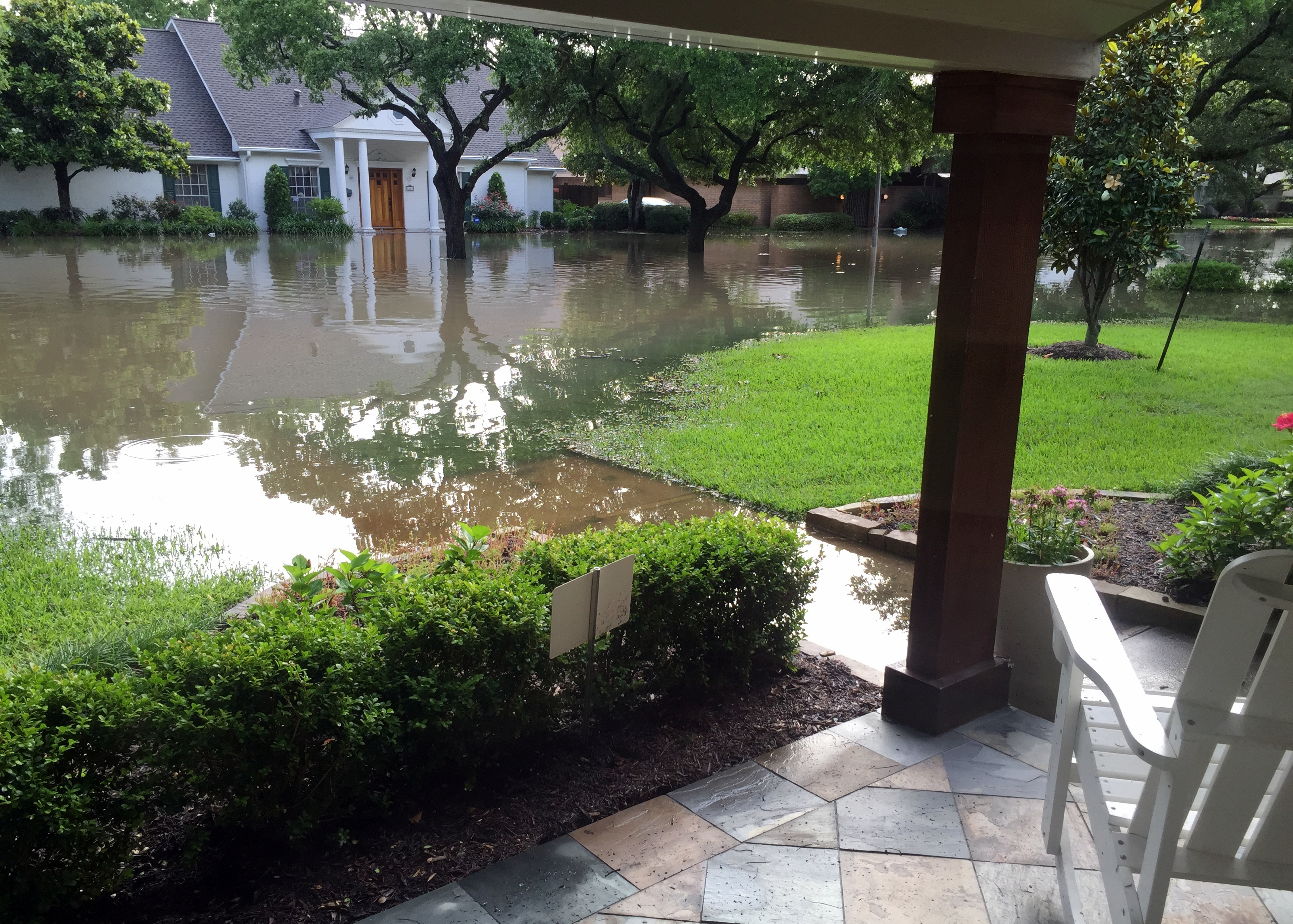 Another viewpoint - this porch was under water as well